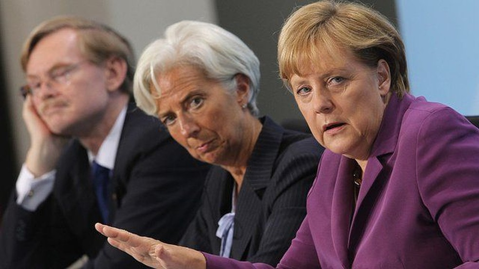 A alemã Angela Merkel foi a única líder europeia de destaque que continuou no governo apesar da crise — Foto: Sean Gallup/Getty Images