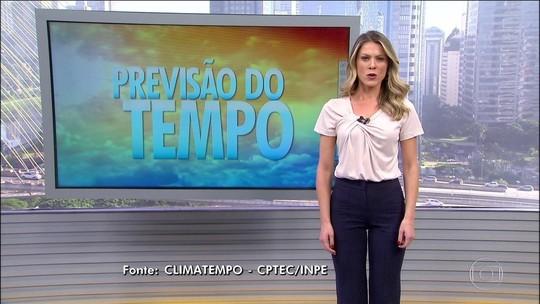 Tempestade tropical está em alto-mar, na altura de Linhares, ES
