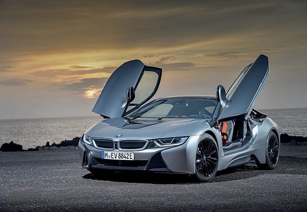 O i8 é o superesportivo da BMW, com conceito inovador e construção inteligente de baixo peso (Foto: Divulgação)