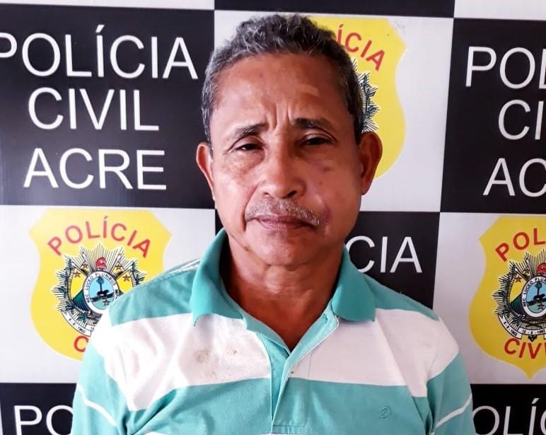 Idoso é preso suspeito de matar jovem com facada nas costas após discussão em festa no Acre - Notícias - Plantão Diário