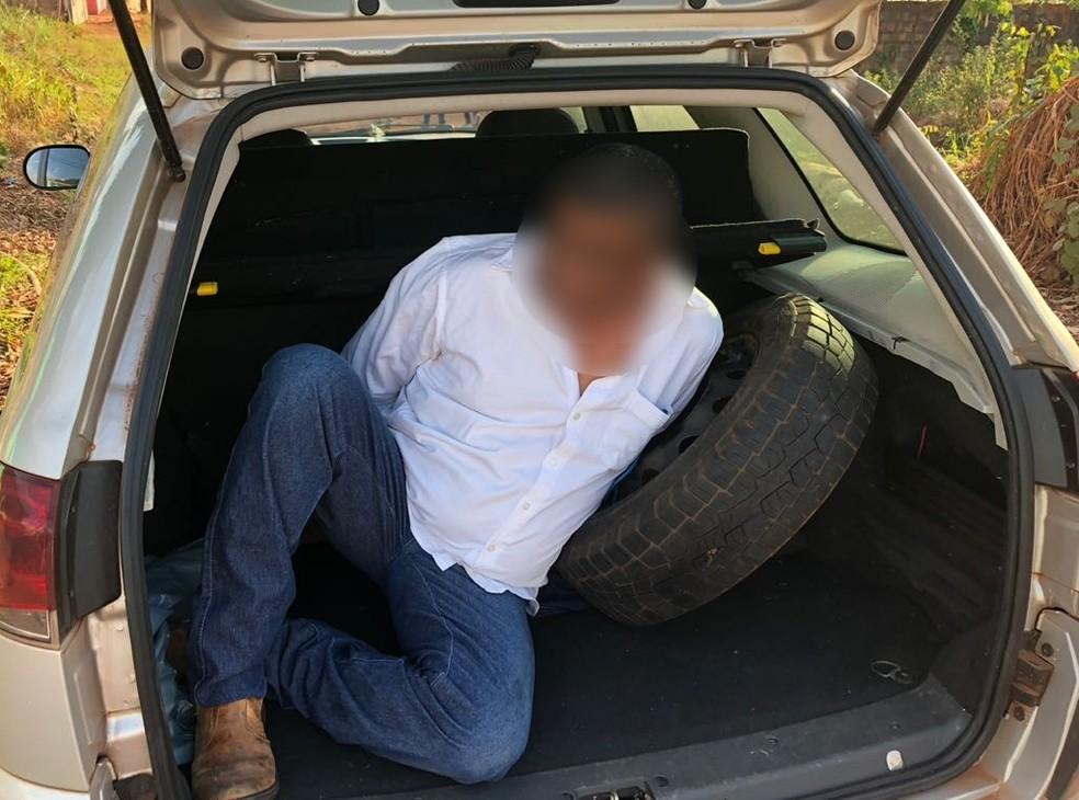 Pastor evangélico, de 53 anos, preso suspeito de ter estuprado meninos e adolescentes que frequentavam uma igreja no Bairro Mangabeira, em Várzea Grande (Foto: Polícia Civil de MT/Assessoria)