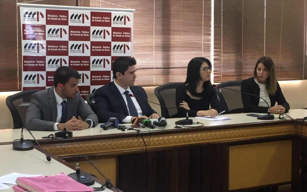 Força-tarefa do Ministério Público que investiga o caso João de Deus — Foto: Lis Lopes/G1