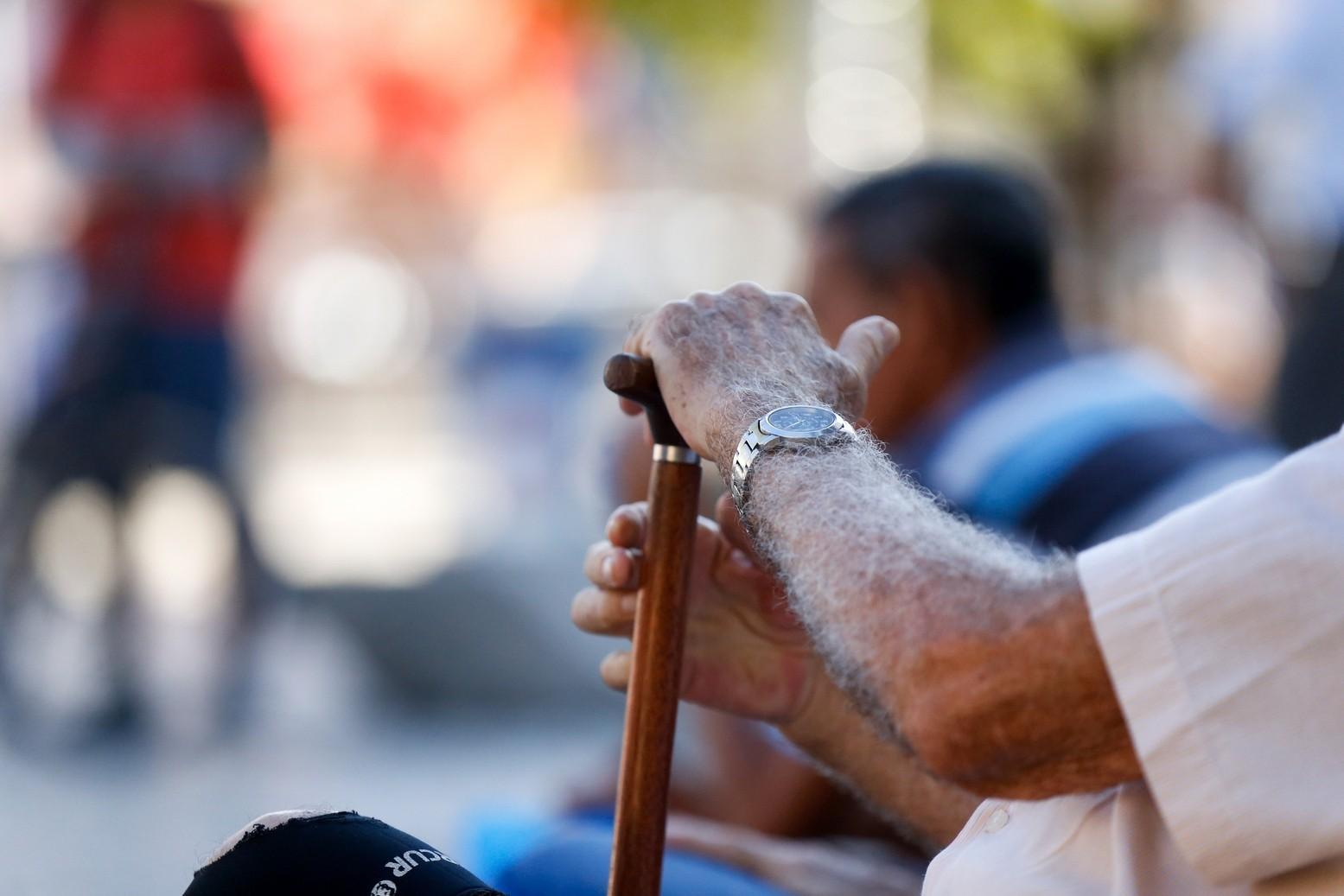 Coronavírus: novo decreto em Uberaba restringe circulação de idosos e amplia poder de polícia do Município