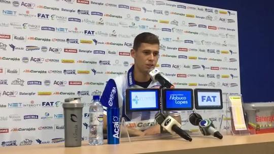 Matheus Sávio reconhece pressão por primeira vitória e diz que o CSA está evoluindo a cada jogo
