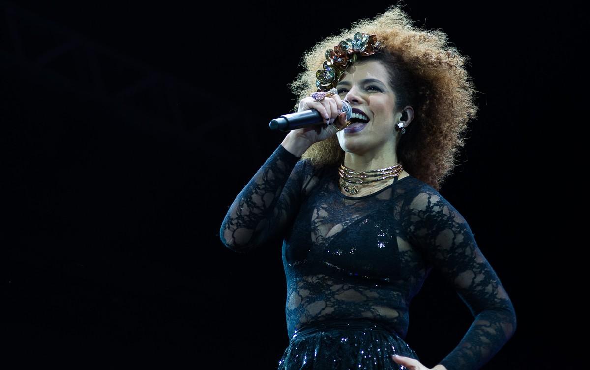 Vanessa da Mata faz show em João Pessoa nesta sexta-feira