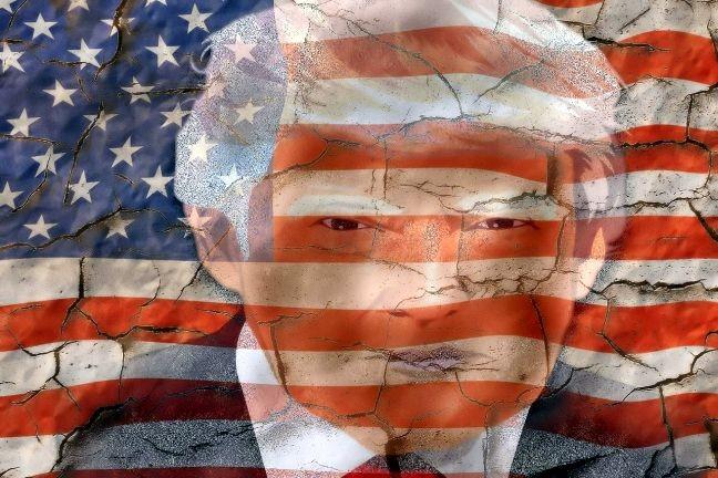 Imagem estilizada do presidente Donald Trump na bandeira americana (Foto: Arte Pixabay)