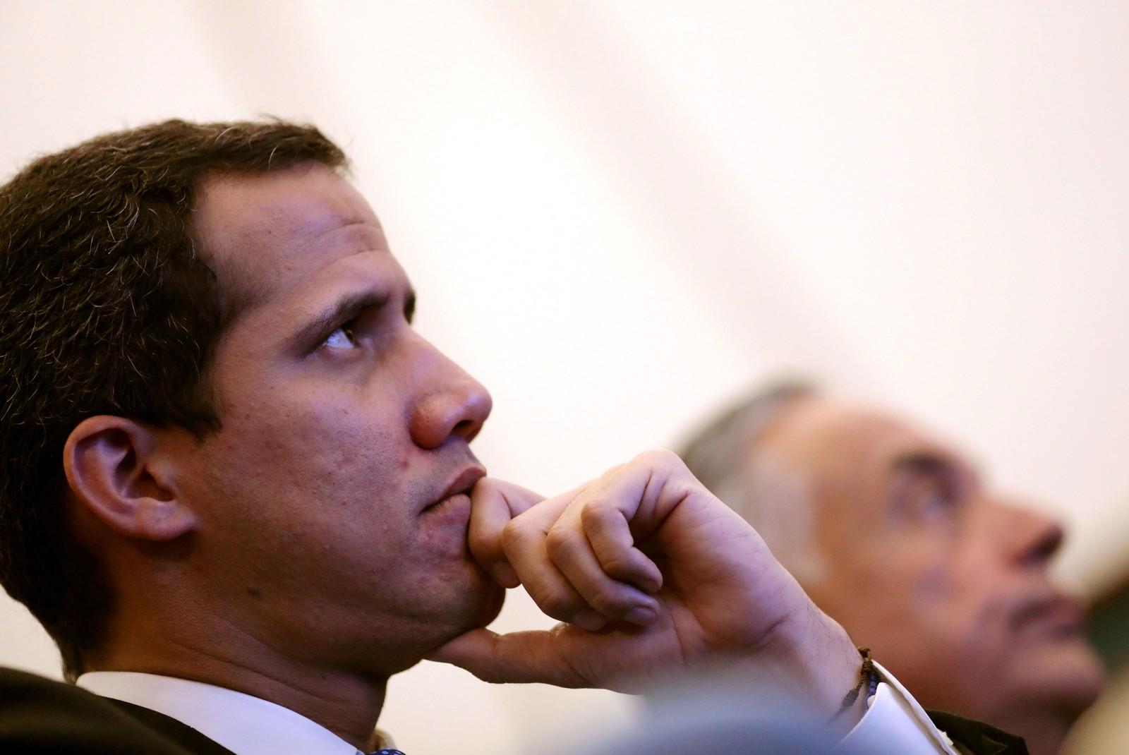 Líder da oposição e presidente da Assembleia Nacional, Juan Guaidó, participa de reunião em Caracas — Foto: Manaure Quintero / Reuters