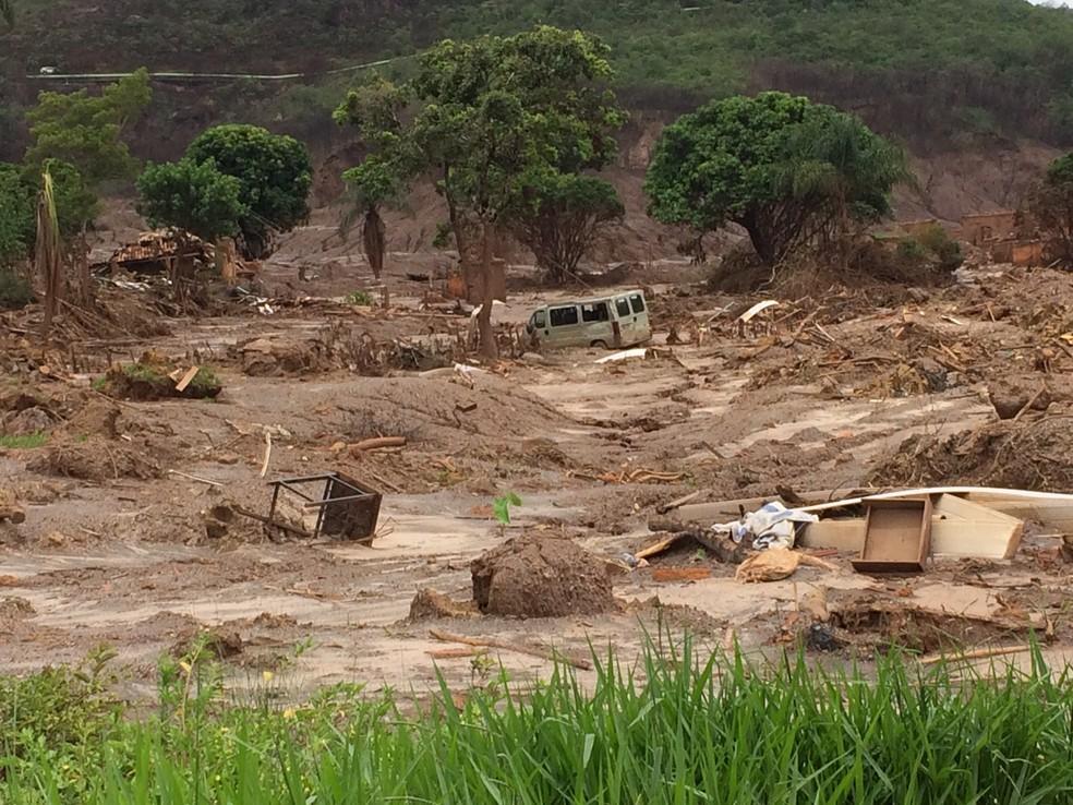 Distrito de Bento Rodrigues, em Mariana, destruído pelo desastre ambiental de Mariana. — Foto: Flávia Mantovani/G1