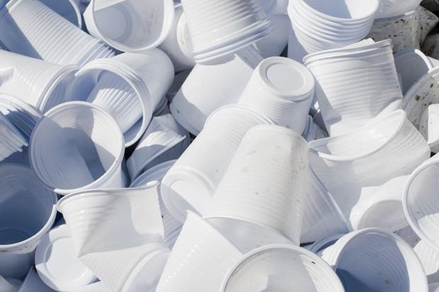 Irlanda proíbe uso de plástico em órgãos públicos  (Foto: GettyImages )