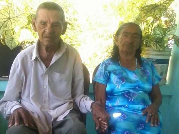 Casal resolveu se casar no civil e na igreja (Foto: Josivan Nascimento)