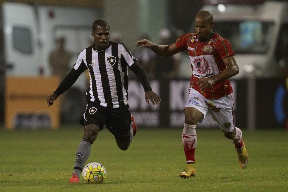 Marquinho, ex-Botafogo, vai defender novamente o Macaé no Carioca — Foto: Vítor Silva / SSPress / Botafogo
