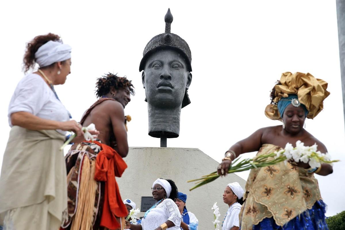 Tem Na Web - Dia da Consciência Negra no Rio é comemorado com homenagens a Zumbi dos Palmares e Tia Ciata