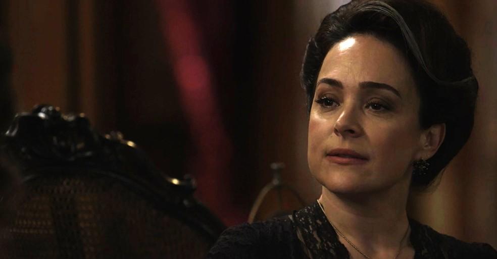 E Julieta abre o jogo com Elisa (Foto: TV Globo)