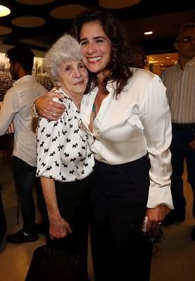 Dona Yvone e a filha, Lúcia Veríssimo