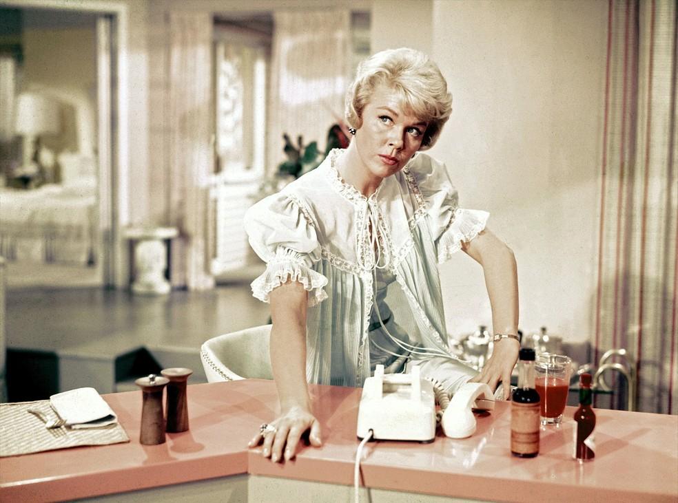 Doris Day em cena em 'Confidências à Meia-noite' (1959) — Foto: Divulgação