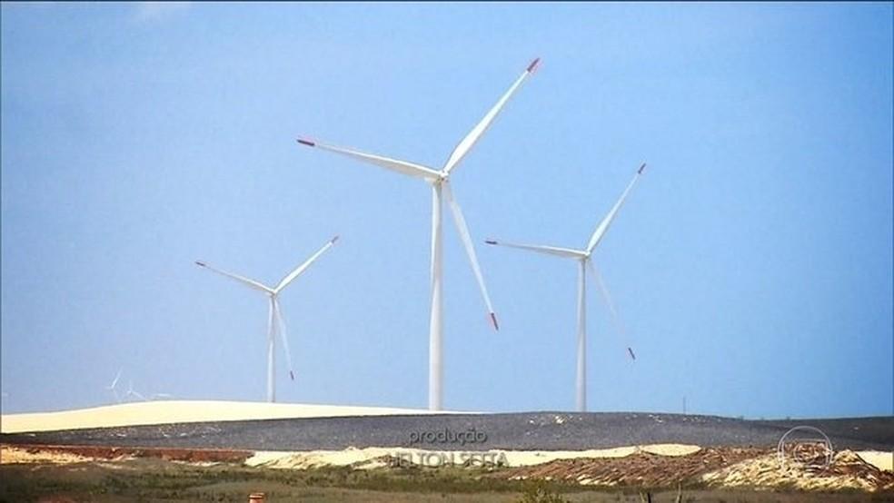 O uso da energia eólica está avançando - inclusive nos países em desenvolvimento — Foto: Reprodução/JN