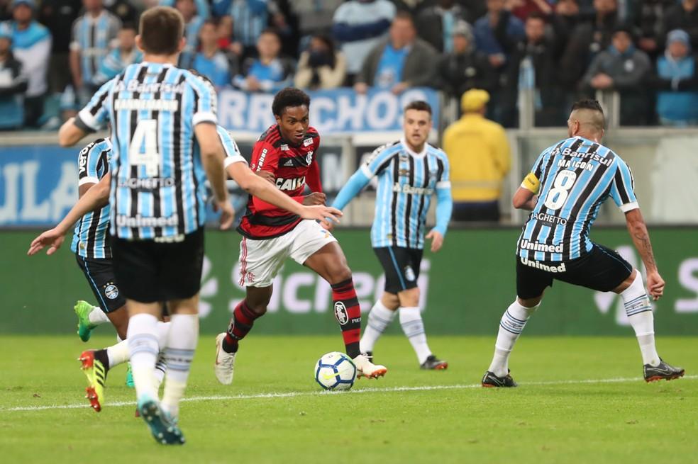 Vitinho, que estreou contra o Grêmio, será inscrito na Libertadores pelo Flamengo (Foto: Gilvan de Souza/Flamengo)