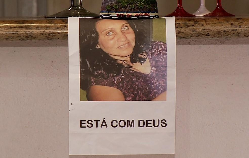 Rosineide Bernardes de Andrade, assassinada pelo marido dentro de casa, em São Luís do Quitunde (AL) — Foto: Reprodução/G1