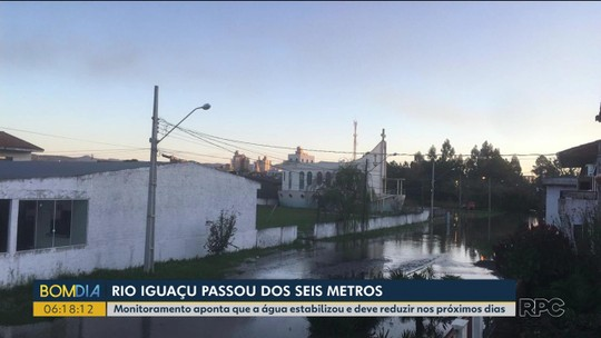 Nível do rio Iguaçu ainda afeta a vida de moradores em União da Vitória