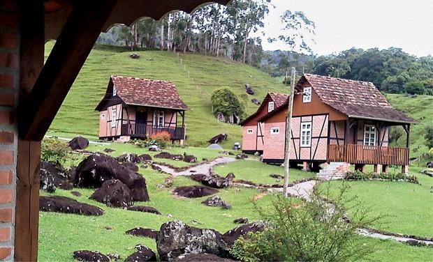 As típicas construções Enxaimel estão espalhadas por toda a cidade (Foto: Divulgação)