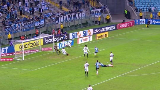 """Tardelli evolui, vai bem contra o Atlético-MG e avisa: """"Minha hora vai chegar"""""""