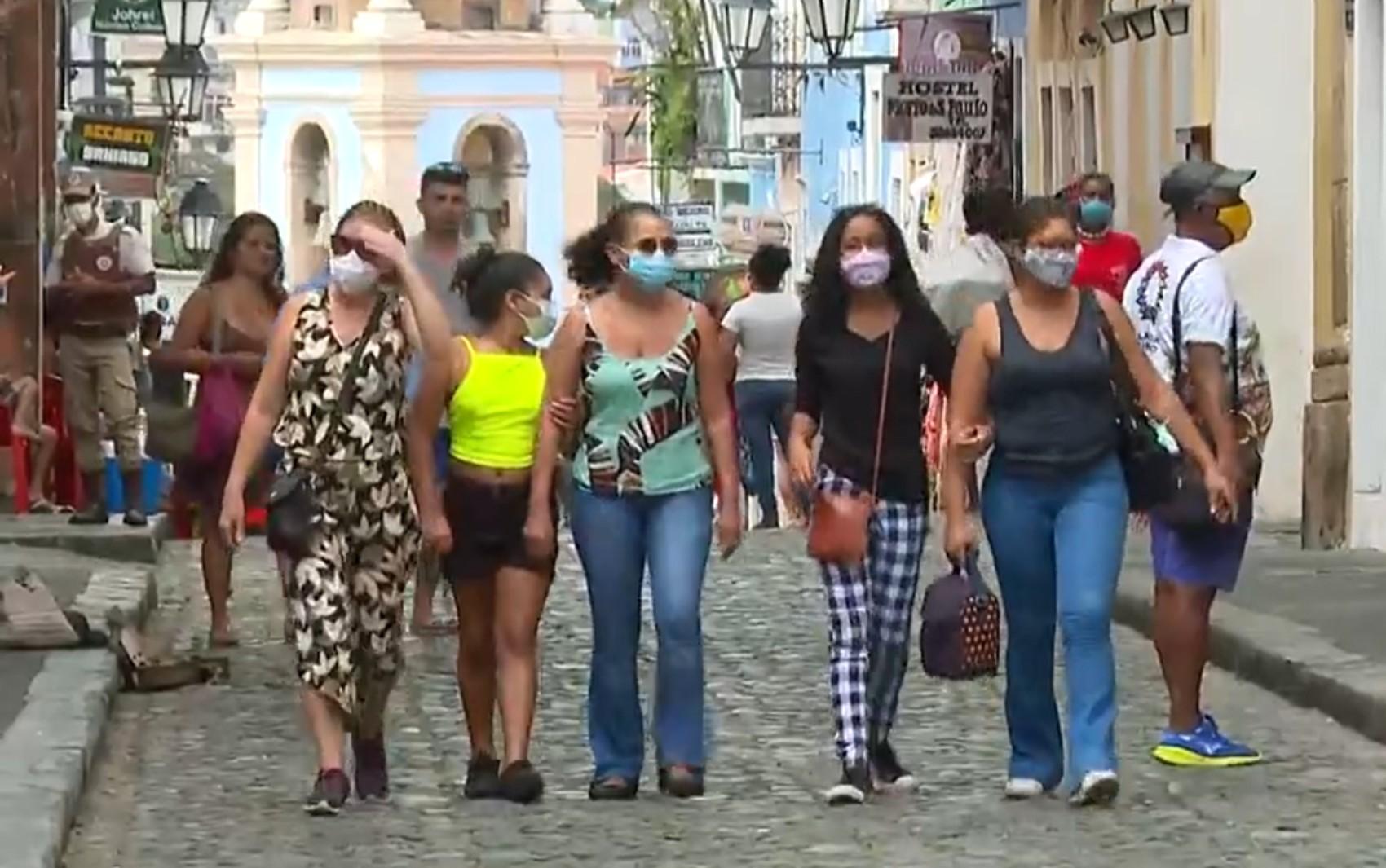 Após avanço da vacinação contra Covid-19 e flexibilização de medidas restritivas, turistas voltam a frequentar Salvador