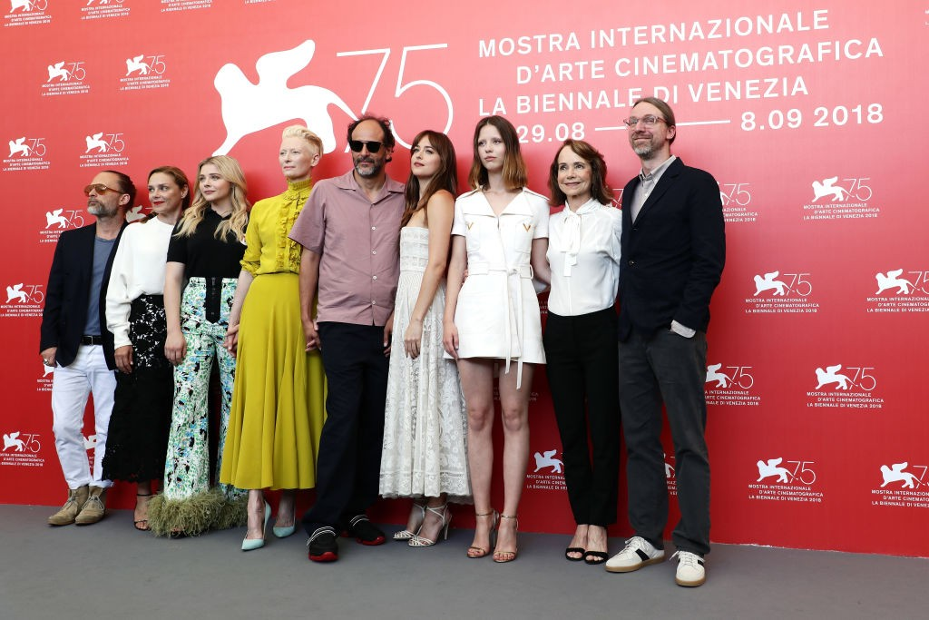 Elenco do filme 'Suspiria', com Dakota Johnson (Foto: Getty Images)