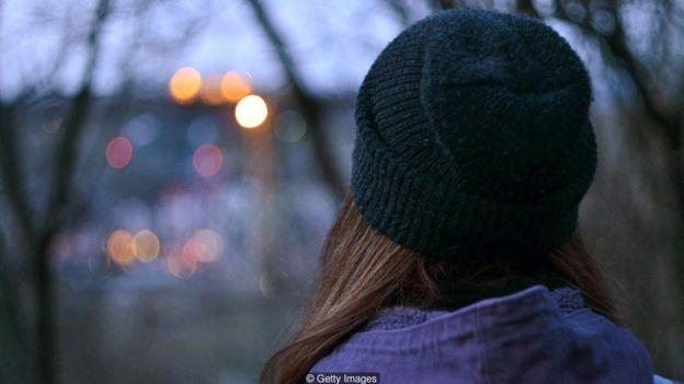 As pessoas dizem sentir solidão em todas as estações do ano, não apenas no inverno (Foto: Getty Images)