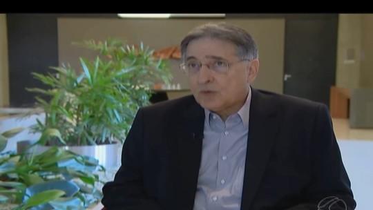 Pimentel comenta regularização do Glória, pagamentos atrasados e Ipsemg durante visita a Uberlândia