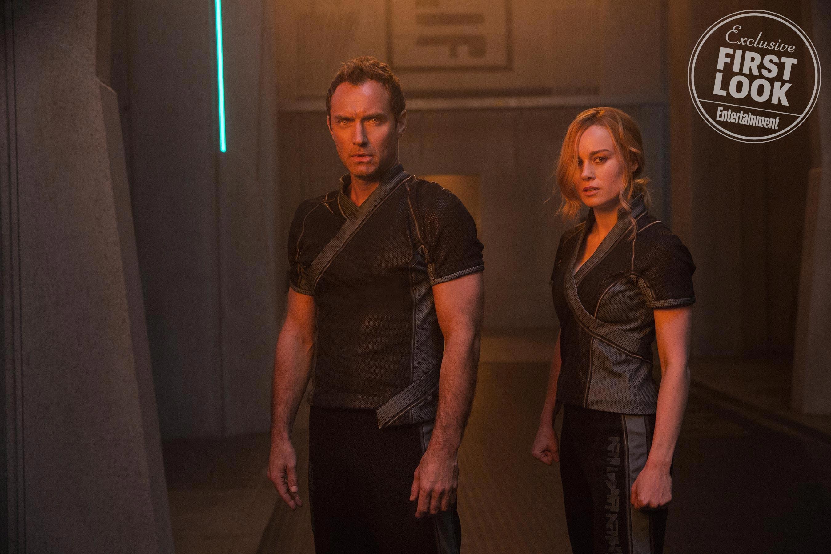 Brie Larson e Jude Law em Capitã Marvel (Foto: Reprodução/EW)