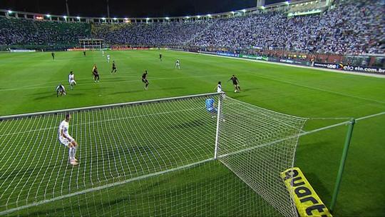 """Jonathas lamenta erros, mas promete mudar sua imagem no Corinthians """"fácil, fácil"""""""