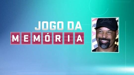"""#28: Dinei, """"o girafa"""" e a sambadinha no Corinthians x Palmeiras"""