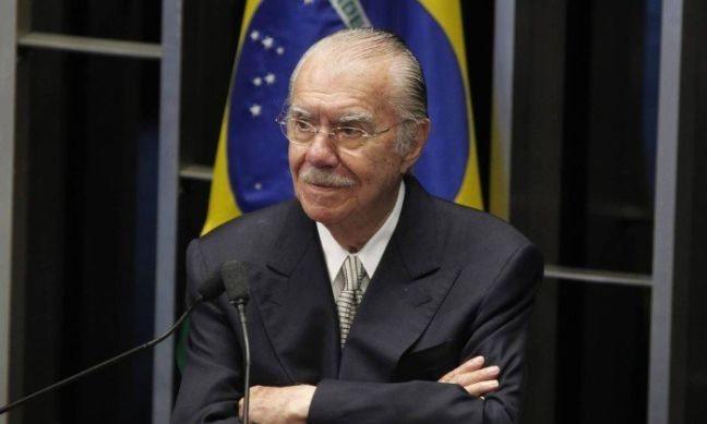 O ex-senador senador José Sarney, 18/12/2014 (Foto: Givaldo Barbosa / Agência O Globo)