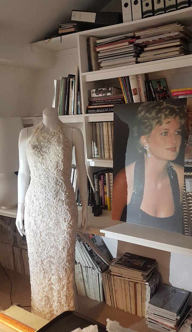 Escritório de Said Cyrus, com um dos clássicos de Diana expostos (Foto: Danilo Saraiva)