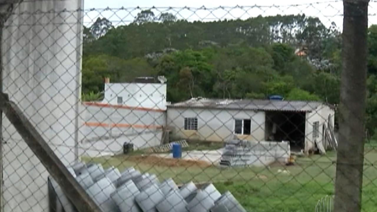 Polícia Civil investiga morte de mulher e lesão ao marido em Biritiba Mirim