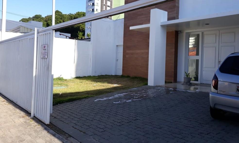Clínica de estética fica no bairro Tirol, Zona Leste de Natal  (Foto: Cláudia Angélica/Inter TV Cabugi )