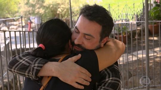 'Caldeirão' leva brasileira até Israel para conhecer Padre Fábio de Melo: 'Você salvou minha vida'
