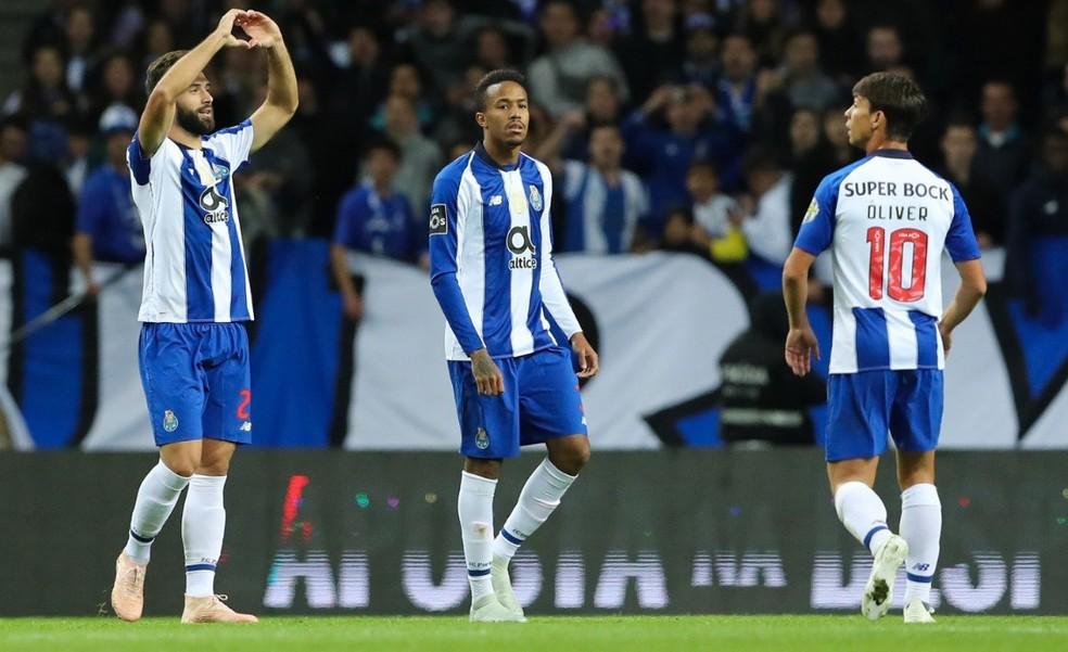 Porto está muito perto das oitavas — Foto: Site oficial do Porto