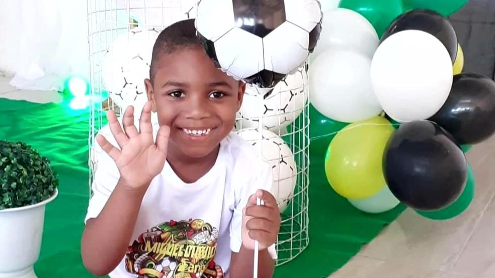 Miguel Otávio tinha 5 anos de idade e morreu ao cair de uma altura de 35 metros no Recife — Foto: Reprodução/TV Globo