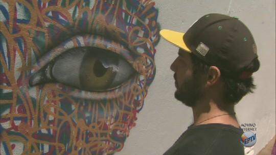 Projeto leva oficina de grafite para adolescentes em Araraquara e Matão, SP