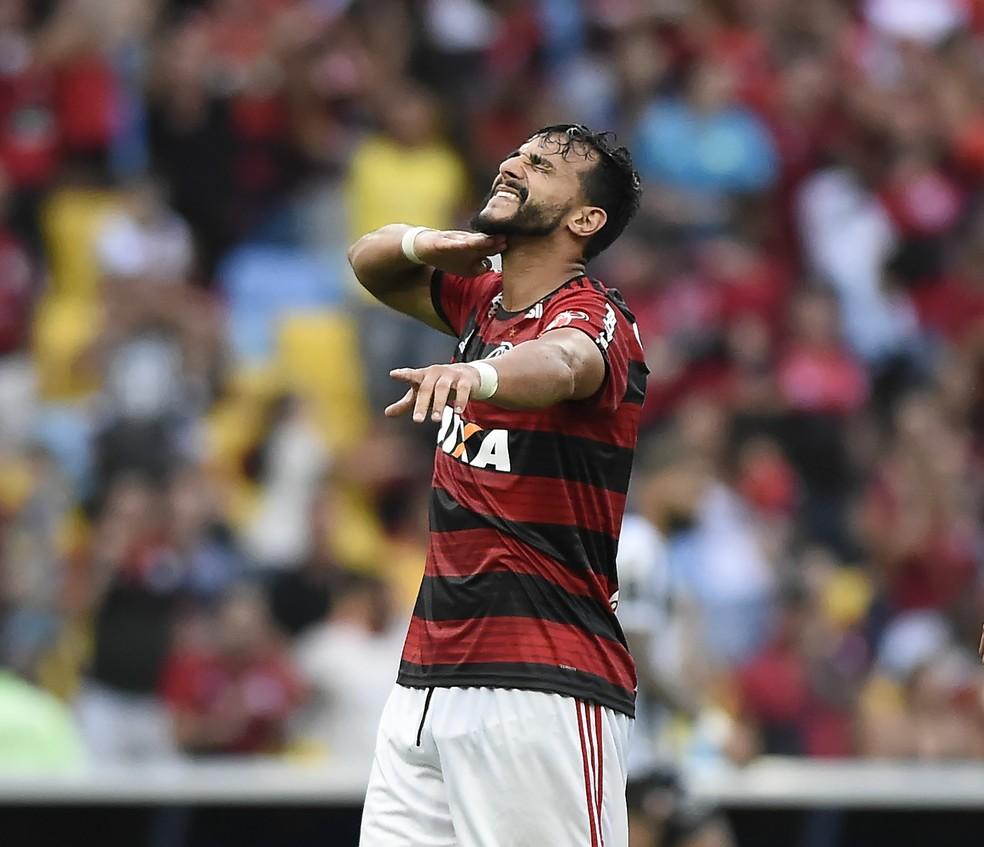 Henrique Dourado no Flamengo — Foto: André Durão
