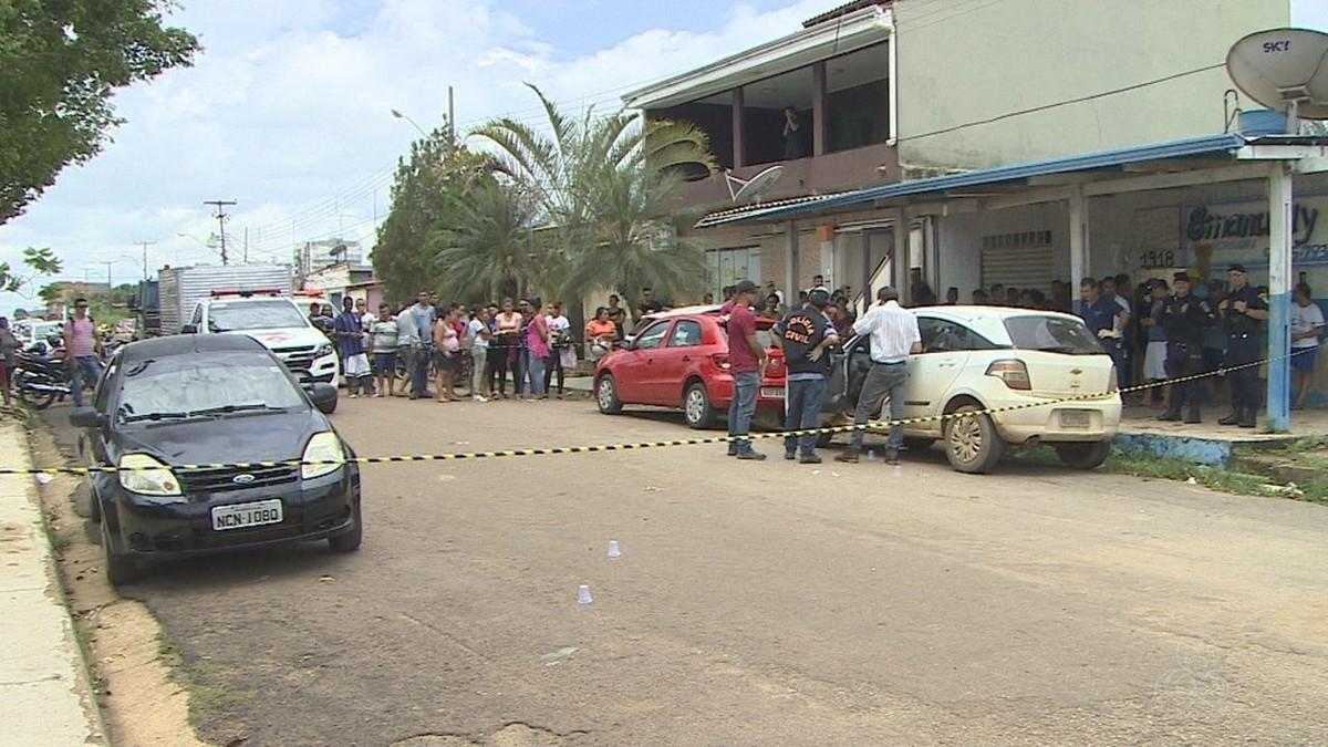 Rapaz é morto com mais de 20 tiros na frente da mãe em Porto Velho