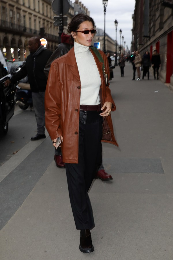 PARIS, FRANCE - JANUARY 14: Bella Hadid arrives at a restaurant on January 14, 2020 in Paris, France. (Photo by Pierre Suu/ (Photo by Pierre Suu/GC Images)) (Foto: (Photo by Pierre Suu/GC Images))