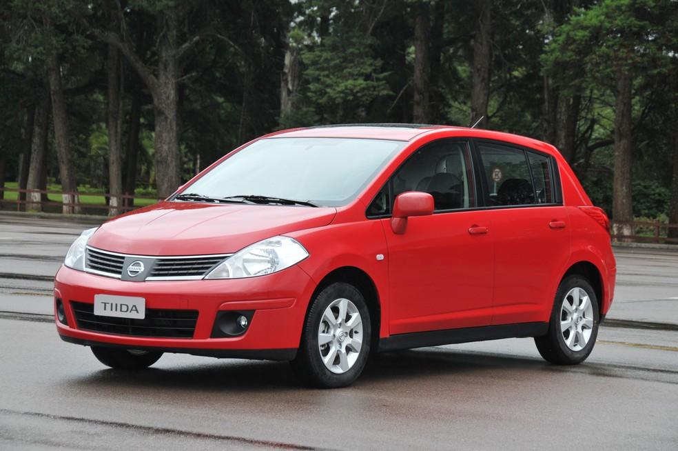 Donos de Nissan Tiida têm enfrentado problemas para trocar os airbags do carro (Foto: Divulgação)
