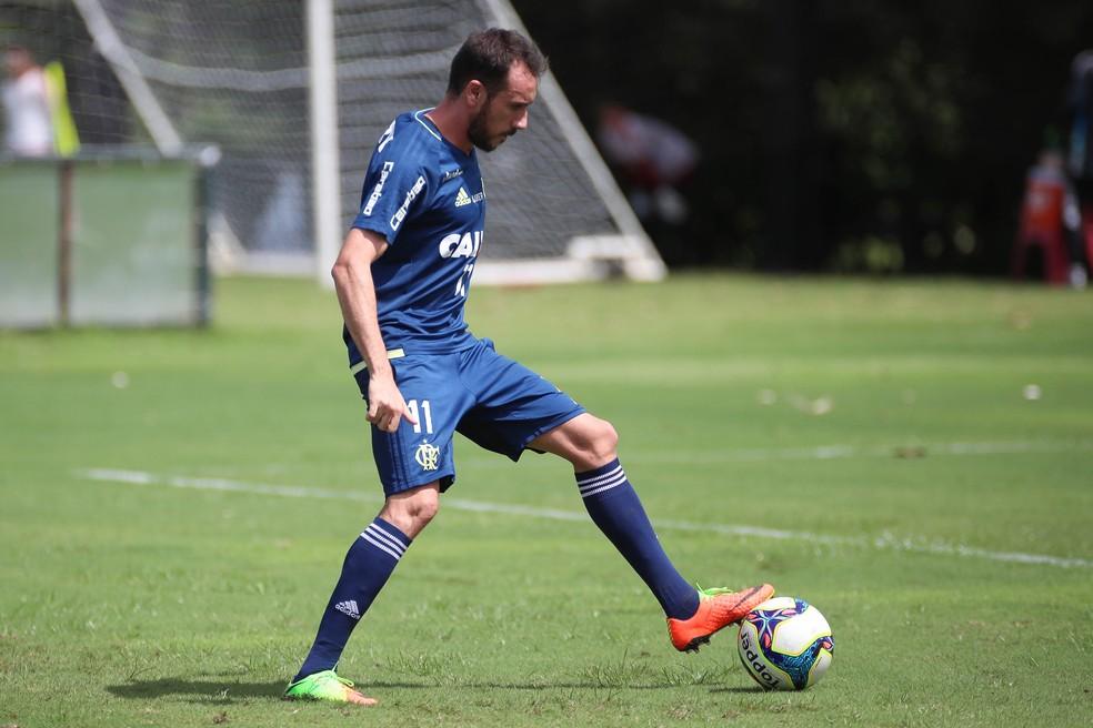 Mancuello é quinto gringo do grupo do Cruzeiro (Foto: Gilvan de Souza/Flamengo)
