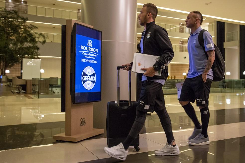 Arthur já prepara as malas para ir a Barcelona (Foto: Lucas Uebel/Grêmio/Divulgação)
