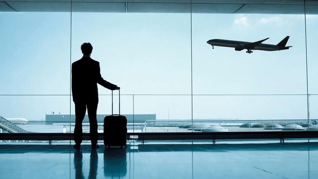 viagem de trabalho, viajar a negócios, avião, aeroporto, escala (Foto: Thinkstock)