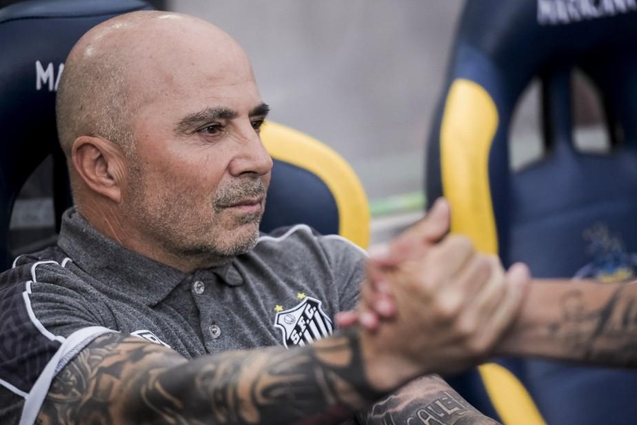 Atlético-MG e Jorge Sampaoli terminam reunião sem definição; treinador estudará proposta