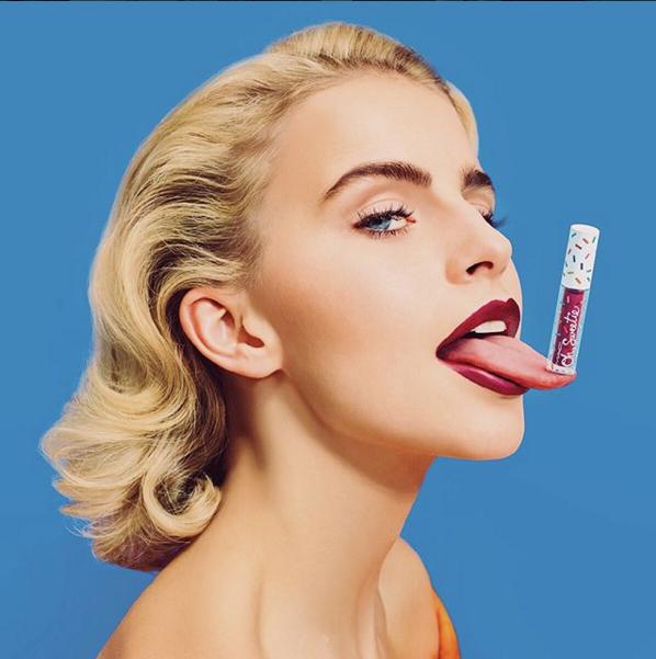 Nova coleção da MAC Cosmetics em parceria com a influencer Dara (Foto: Divulgação)