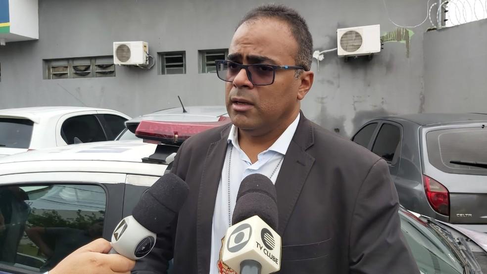 Delegado Odilo Sena, titular do 21° Distrito Policial — Foto: Renan Nunes /TV Clube
